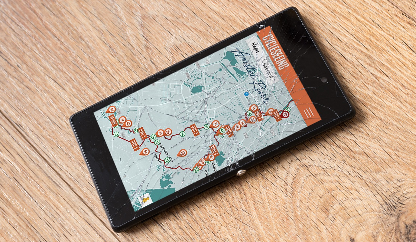 cracked mobieltje met cycleseeing kaart